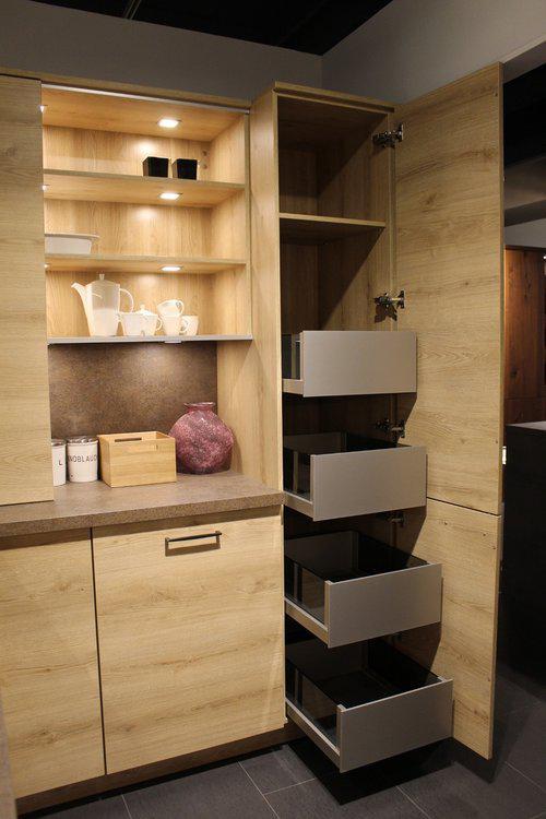 Шкафчики в кухне на заказ